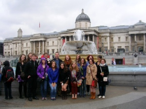 Here's most of our class outside of the National Gallery. Apparently I was the only one who didn't think to take my hood off before the picture...